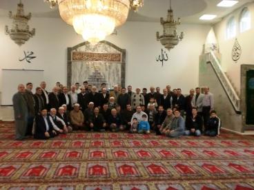 Recklinghausen DİTİB Merkez Camii Cemâati düzenlenen proğramda Çanakkale Sehitlerini dualarla yâd ettiler.